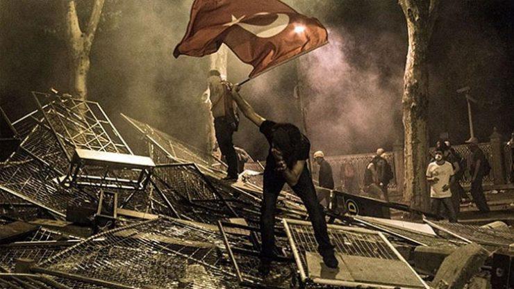 Gezi'nin 5. yıl dönümü… Ünlülerden 'Gezi 5 yaşında' mesajları