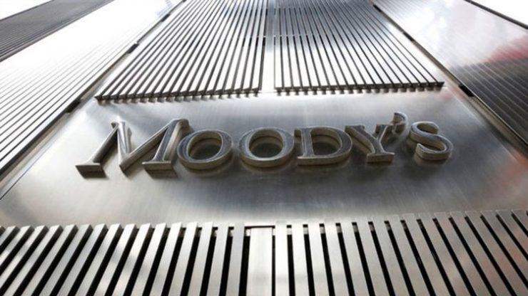 Moody's 17 bankanın notunu düşürdü!