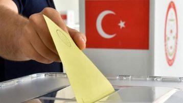 Ünlü isimler oylarını kullanmaya başladı: