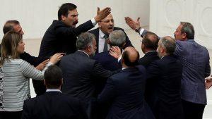 AKP'den Ahmet Şık'a 100 bin TL'lik dava