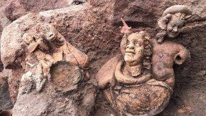 Ana Tanrıça Kibele'nini ardından Bağbozumu ve Bereket Tanrısı Dionysos'un da heykeli bulundu