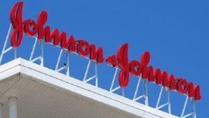Johnson & Johnson kansere yakalanan 22 kadına 4,7 milyar dolar ödeyecek