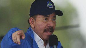 Nikaragua lideri Ortega protestoculara rest çekti