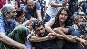 Yeni Akit yazarı: Cumartesi annelerinin sabah akşam AKP'ye dua etmesi gerekir