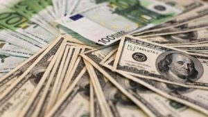 Dolar'dan yeni rekor