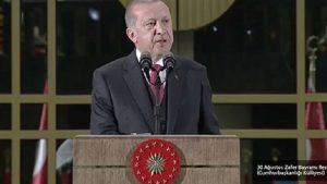Erdoğan, Saray'daki 30 Ağustos resepsiyonunda konuştu