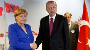 Spiegel'e konuşan AKP'li yetkili: Erdoğan, IMF'dense ulusal bir iflası kabul etmeyi tercih eder
