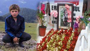 Şehit Eren Bülbül, mezarı başında anıldı