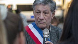 Fransız belediye başkanı gözaltına alındı