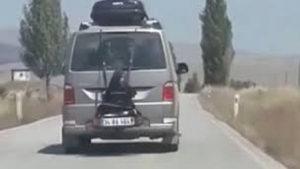 Minibüsün bagajına kızını bağlayan şahıs serbest bırakıldı