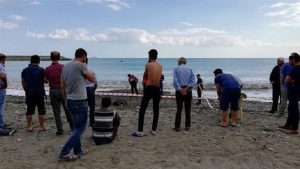 Denizde kaybolan 2 inşaat işçisinin cansız bedenleri, sahile vurdu