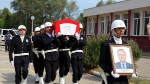 İntihar eden Polis Meslek Yüksek Okulu Müdürü için tören