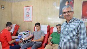 Yaz aylarında kan bağışı düşüyor