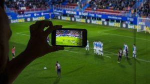 Periscope'a 'futbol' engeli