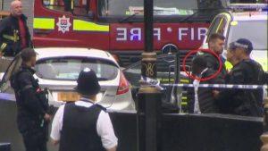 Parlamento bariyerlerine çarpan sürücü terör şüphesiyle tutuklandı
