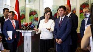 Gaye Usluer 'yeni parti' iddialarına yanıt verdi
