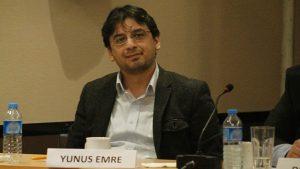 CHP'li Yunus Emre'den Berat Albayrak'a soru: Papazın gücü mü paranın gücü mü?
