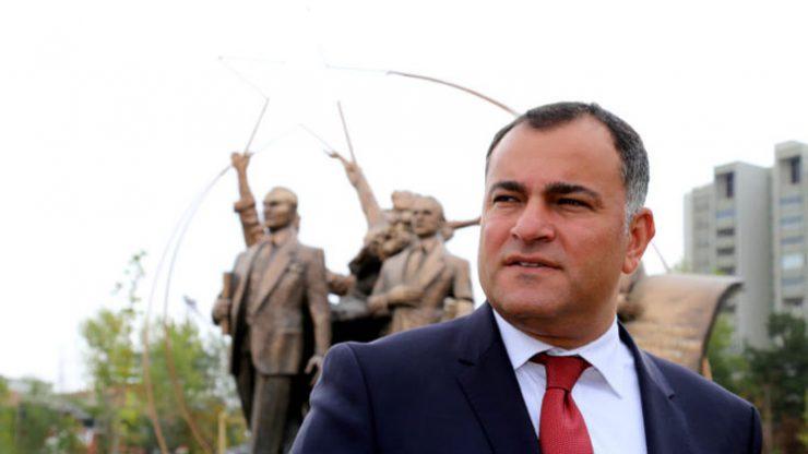 Çankaya Belediye Başkanı Alper Taşdelen Politikyol için yazdı: Çankaya derdine derman arayanların kalesidir
