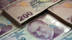 Ekonomistlerden uyarı: Liranın değer kaybı…