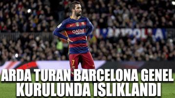 Arda Turan Barcelona genel kurulunda ıslıklandı