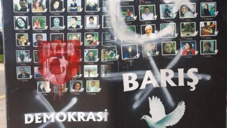 Katliamda yaşamını yitirenlere büyük saygısızlık