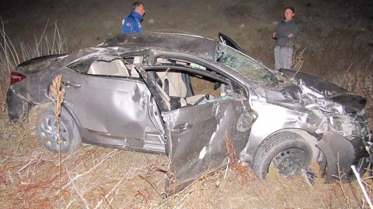 Kontrolden çıkan otomobil baraja uçtu: 5 yaralı