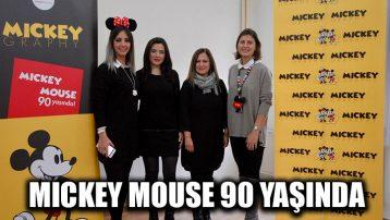 Mickey Mouse 90 yaşında
