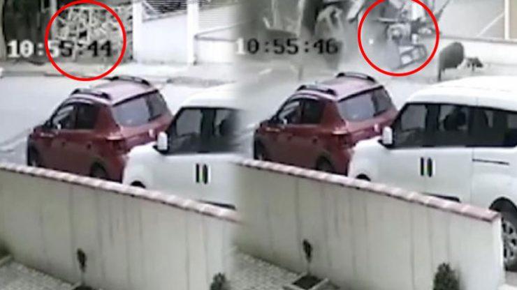 Sancaktepe'de helikopterin düşme anı kamerada