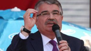 İYİ Parti'de İdris Naim Şahin istifası!