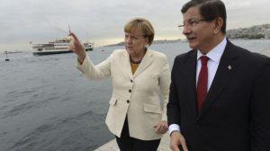 'Merkel ve Davutoğlu 2016'da habersizce görüştüler'