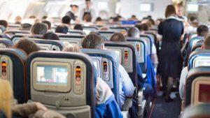 Uçakta telefonunu açık tutana 2 bin 124 lira ceza